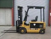 CAT Forklifts Rental - Straight Mast Forklifts - Al Bahar